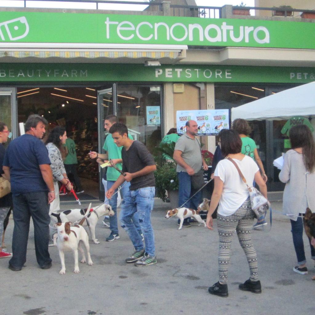 Doggy Hour, l'aperitivo per cani che fa felici anche i padroni