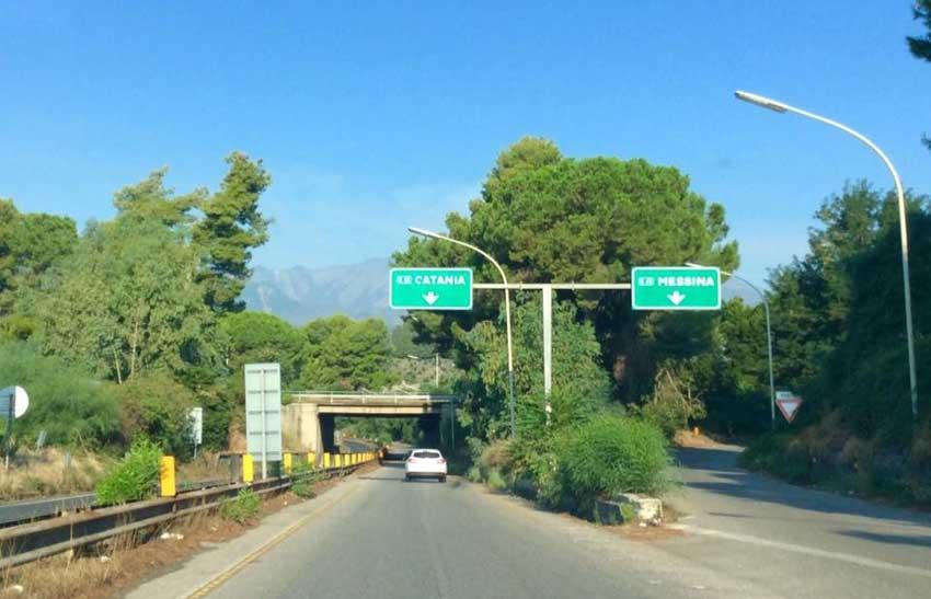 Autostrada ME/CT- Bitumazione delle rampe di uscita ed entrata  dello Svincolo di Acireale