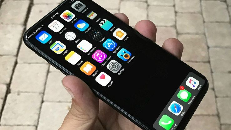 IPhone 8, nuove indiscrezioni confermano tre modelli in uscita