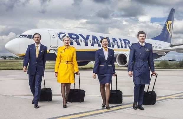 Lavoro Ryanair: la compagnia cerca 2000 assistenti di volo, selezioni in Sicilia