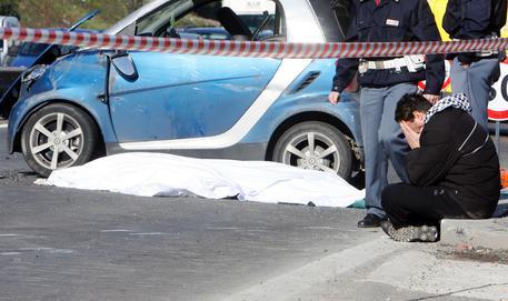 Incidenti stradali: morto un giovane