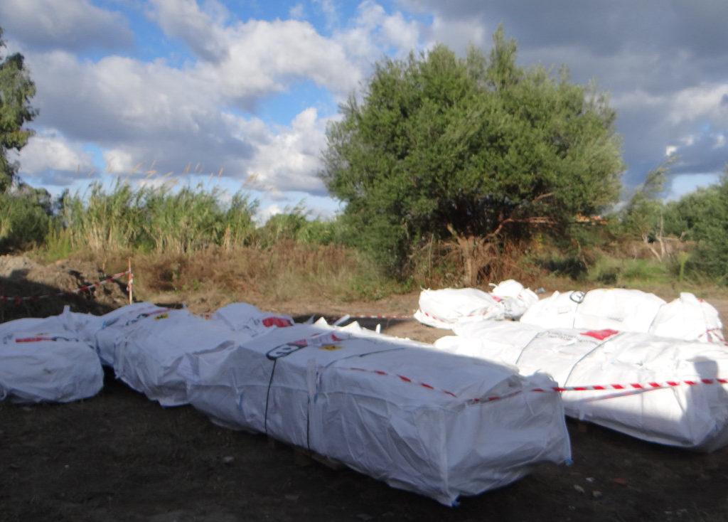 Villafranca Tirrena, operazione antinquinamento del Nucleo Ambientale della Polizia Metropolitana su un terreno confiscato alla mafia