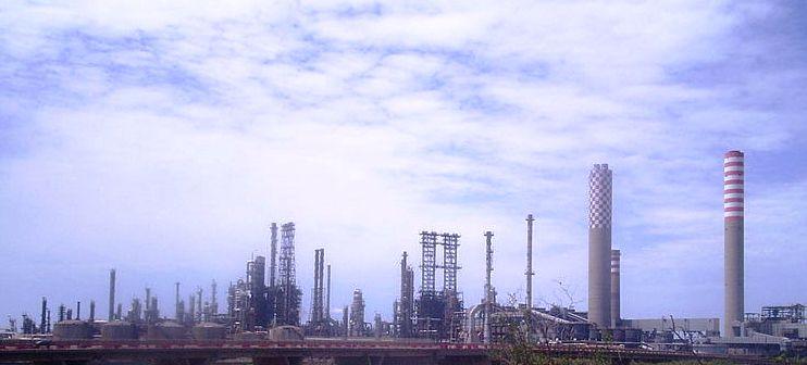 ENI, a Gela investiti 400 milioni in due anni, 85 per l'ambiente