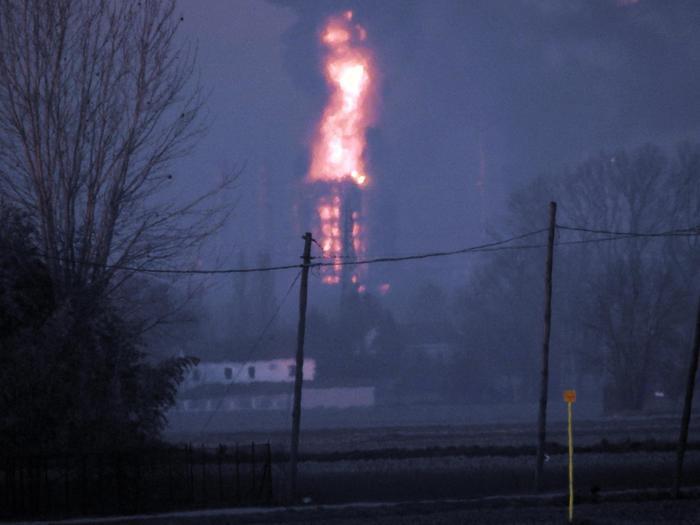 Esplosione in raffineria. Non ci sono feriti