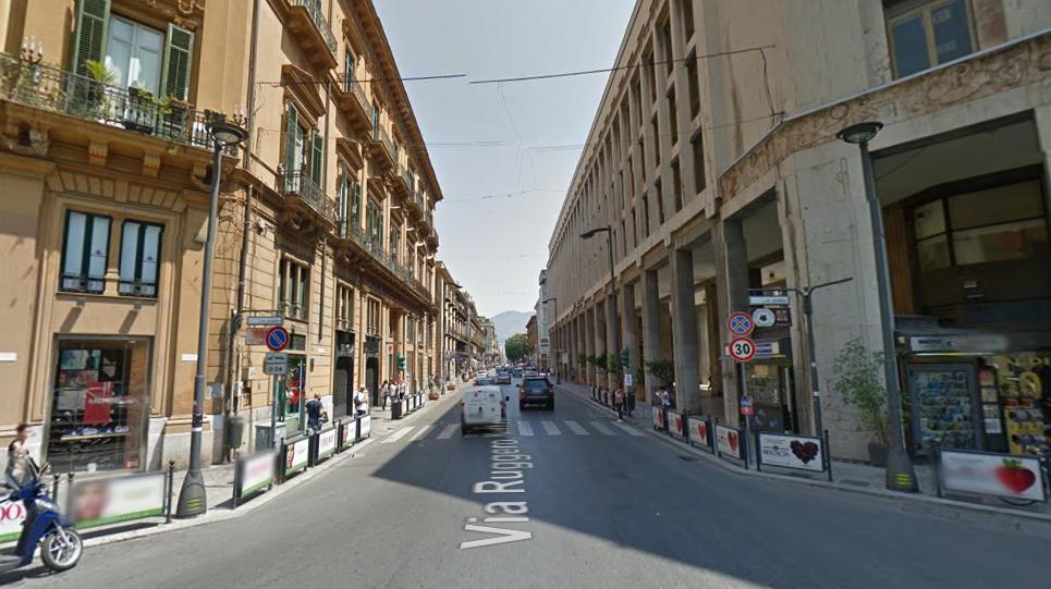 Palermo, via Ruggero Settimo pedonalizzata: commercianti contrari