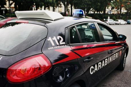 Taormina.  Avevano svaligiato diversi negozi in centro: presi dai Carabinieri della Stazione.