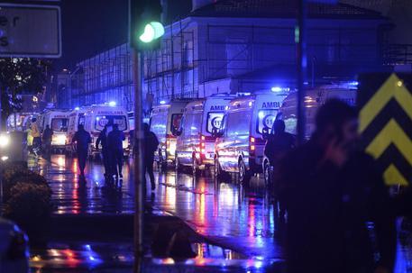 Attentato Istanbul: italiani ok ma provati
