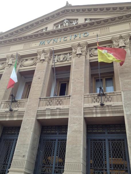 Comune Messina non paga, Telecom taglia le linee telefoniche