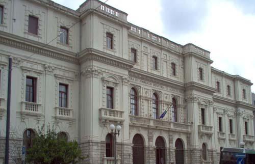 Presentata la proposta di riorganizzazione delle Camere di commercio di Unioncamere L'Ente camerale di Messina rimane autonomo