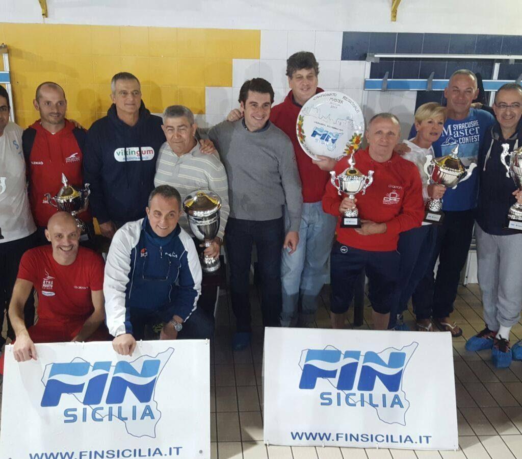 Nuoto / Ottimo risultato ai campionati regionali master per la SWIMBLU Milazzo