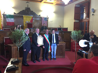 Milazzo/ Conferita la cittadinanza onoraria al medico americano Fred D. Cushner