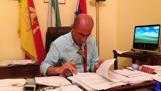 Milazzo, Puzza di gas, il sindaco fa intervenire l'Arpa