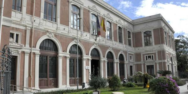 Messina / Aggiungi un posto in Aula, il progetto dell'Associazione Artu per gli studenti