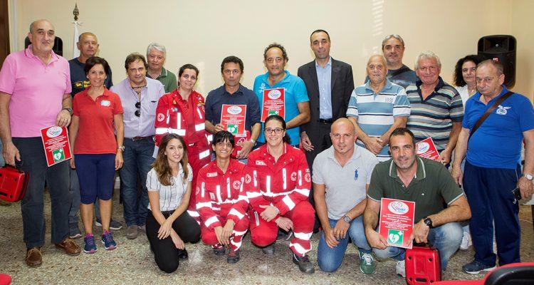 Milazzo/ La Croce rossa consegna un defibrillatore a otto società sportive