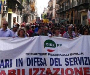 Sicilia/ Asael,chiudere pagina precari comuni con assunzioni