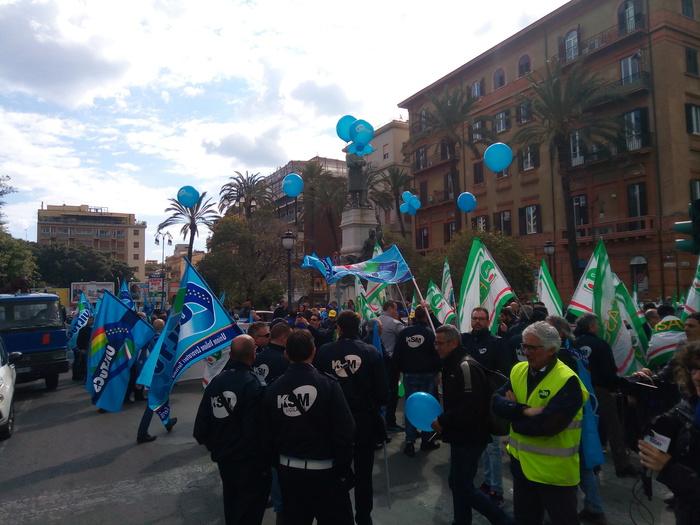 Sciopero metronotte, manifestazione a Palermo