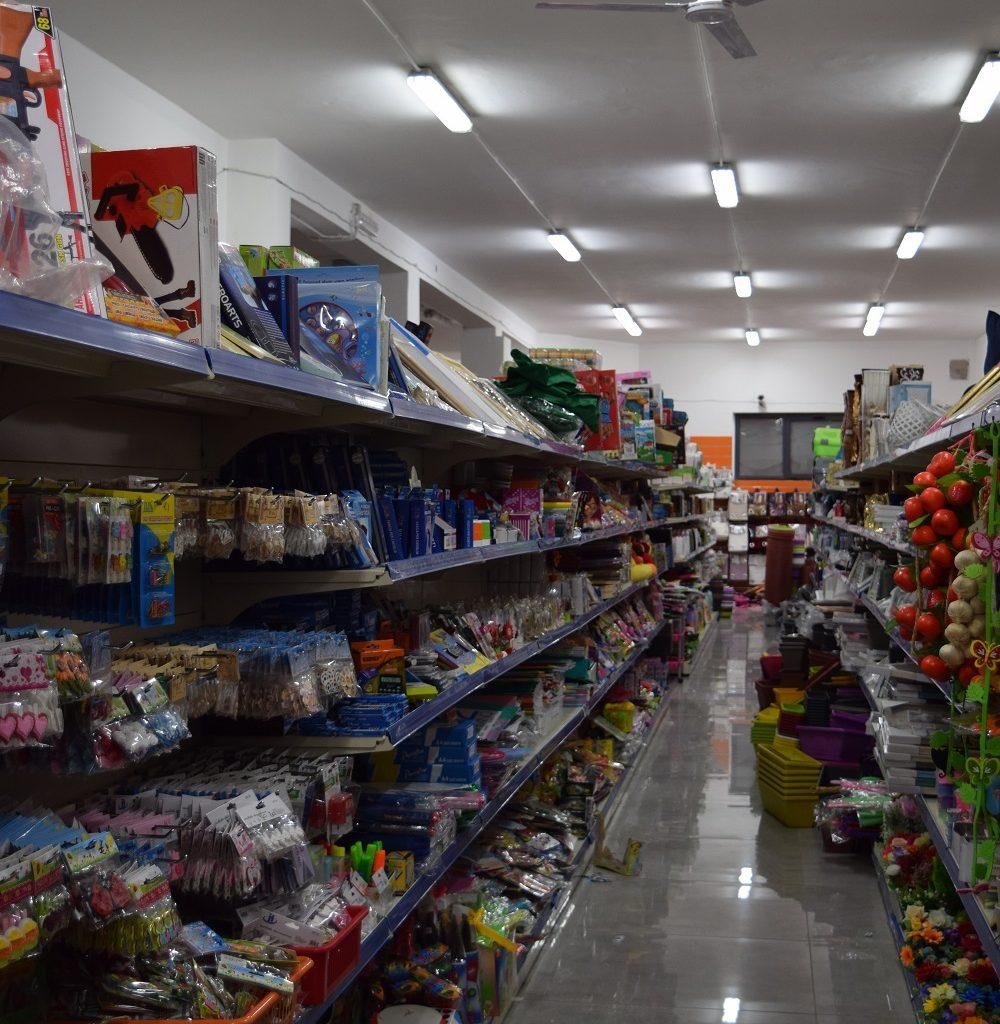 Ragusa/ Maxi sequestro di profumi di marca (contraffatti) e giocattoli pericolosi