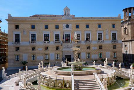 Otto candidati sindaco a Palermo