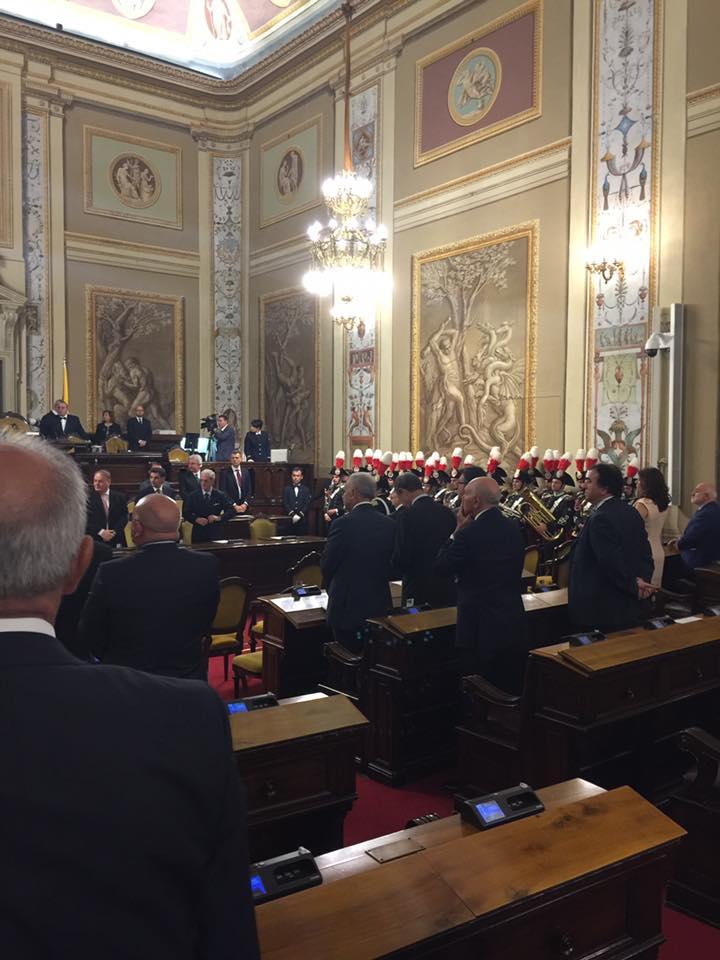 Seduta solenne all ars per festeggiare l anniversario for Nuovo parlamento siciliano