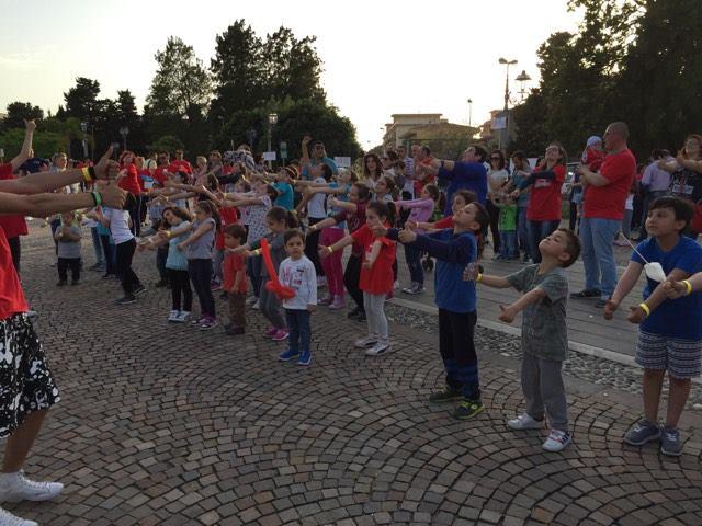 Milazzo/ Oratorio in piazza che successo!