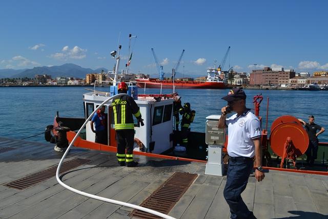 Esercitazione antincendio della Guardia costiera Milazzo
