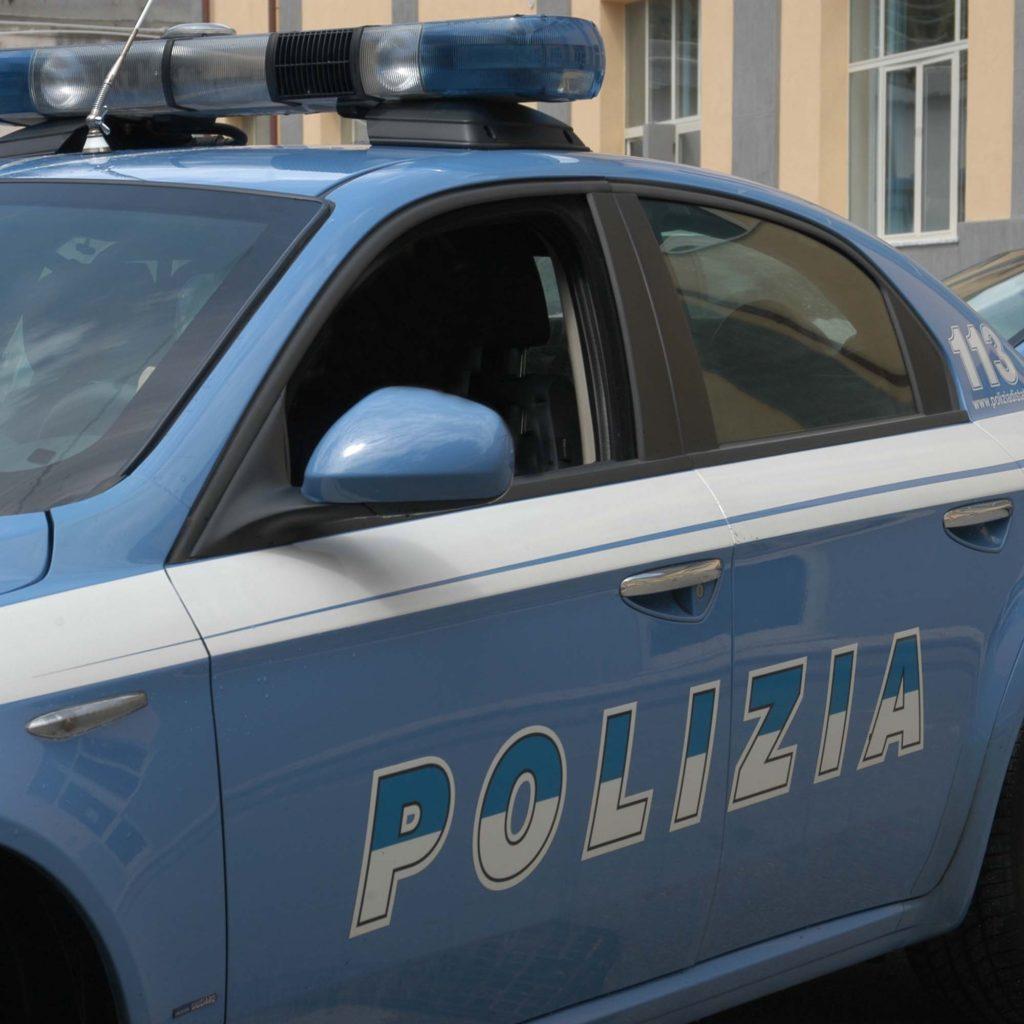 Nasconde la marijuana in campagna tra cavoli e galline: arrestato per spaccio a Messina