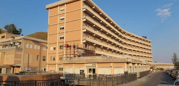 Taormina, muore a 21 anni, genitori denunciano Ospedale
