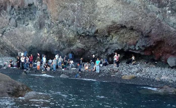 Migranti sbarcati a sorpresa questa mattina alle Eolie
