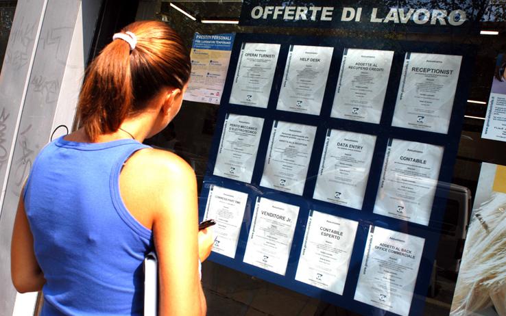 Aiuti per i disoccupati in Sicilia,  al via le domande per un contratto