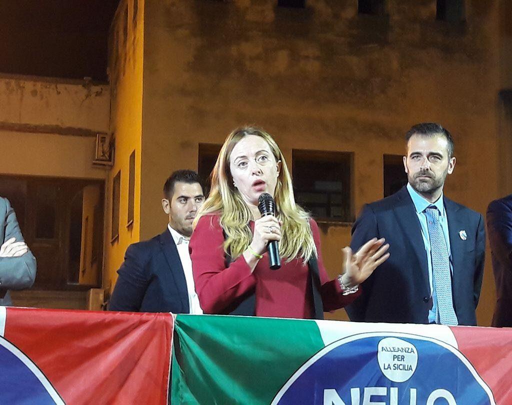 Giorgia Meloni a Barcellona Pozzo di Gotto a sostegno di Antonio Catalfamo