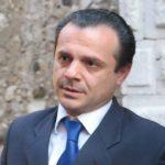 """Revocati i """"domiciliari"""" a Cateno De Luca"""