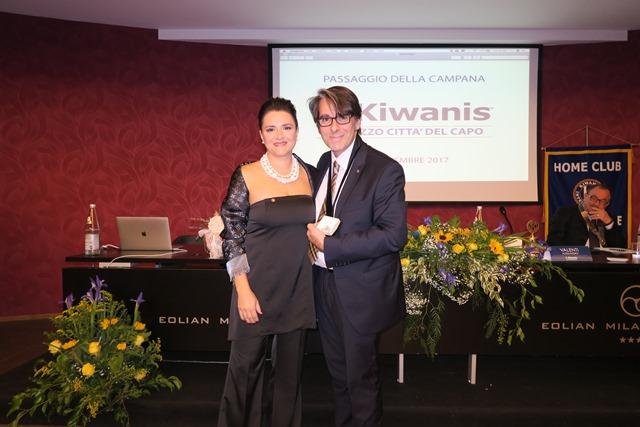 La presidenza del Kiwanis Club Milazzo Città del Capo si tinge di rosa.