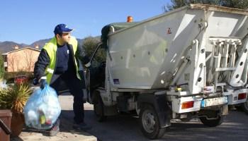 Milazzo/Le regole per smaltire i rifiuti nei giorni di Natale e Capodanno