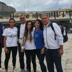 """LICEO """"IMPALLOMENI"""": SQUADRA DI BEACH VOLLEY ALLE FINALI NAZIONALI"""