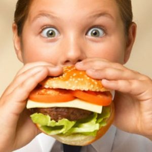 Salute: educazione alla dieta per bambini celiaci e obesi
