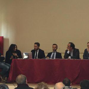 Il rapporto tra social e politica, partecipato incontro a Barcellona