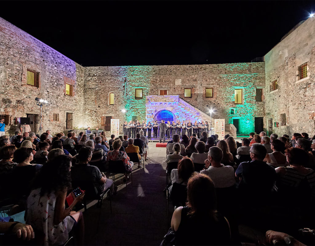 """Il Festival corale internazionale """"Incanto Mediterraneo"""" festeggia i suoi primi dieci anni. Appuntamento a luglio a Milazzo"""