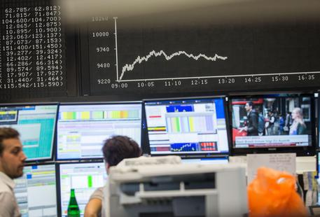 Borsa: Milano maglia nera Europa affossata dalle banche