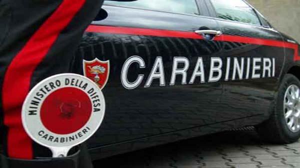 Catania/ Spara a vicino casa, arrestato minorenne