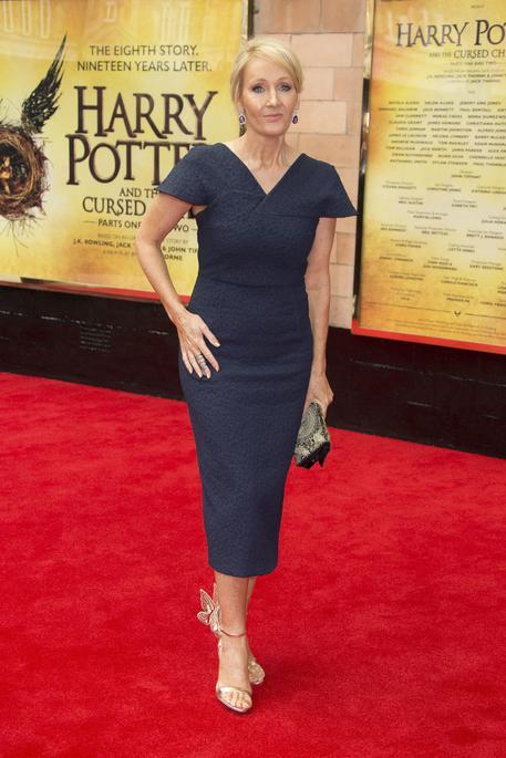 Harry Potter, stanotte in 300 librerie