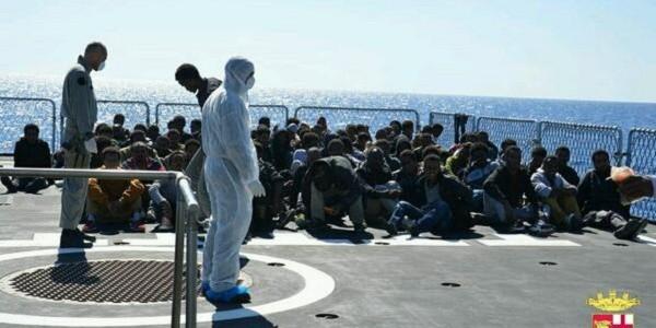 Salvati 658 migranti nel Mediterraneo centrale