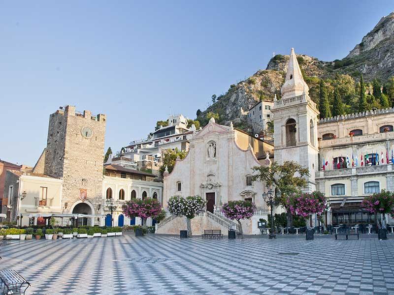 Taormina, record di turisti nel 2016: oltre un milione di presenze