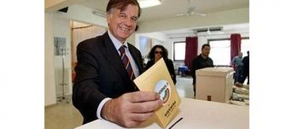 Milazzo, conferenza stampa dell'ex ministro Valdo Spini per il No al Referendum