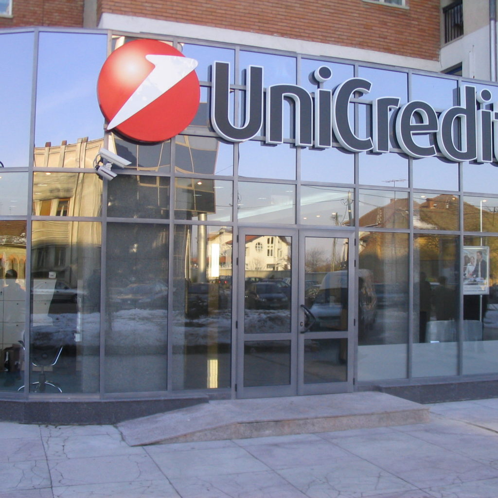 Unicredit, ben 400 esuberi in Sicilia