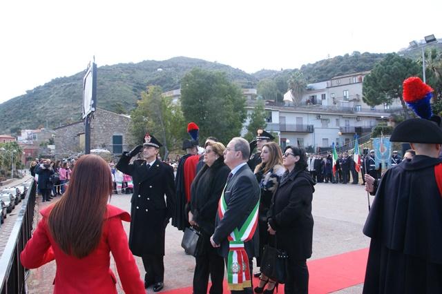 Cerimonia di intitolazione della piazza di Caronia al maresciallo ordinario Salvatore Giuffrida