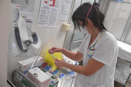 Nuovo caso di meningite a Caltanissetta, un uomo in prognosi riservata