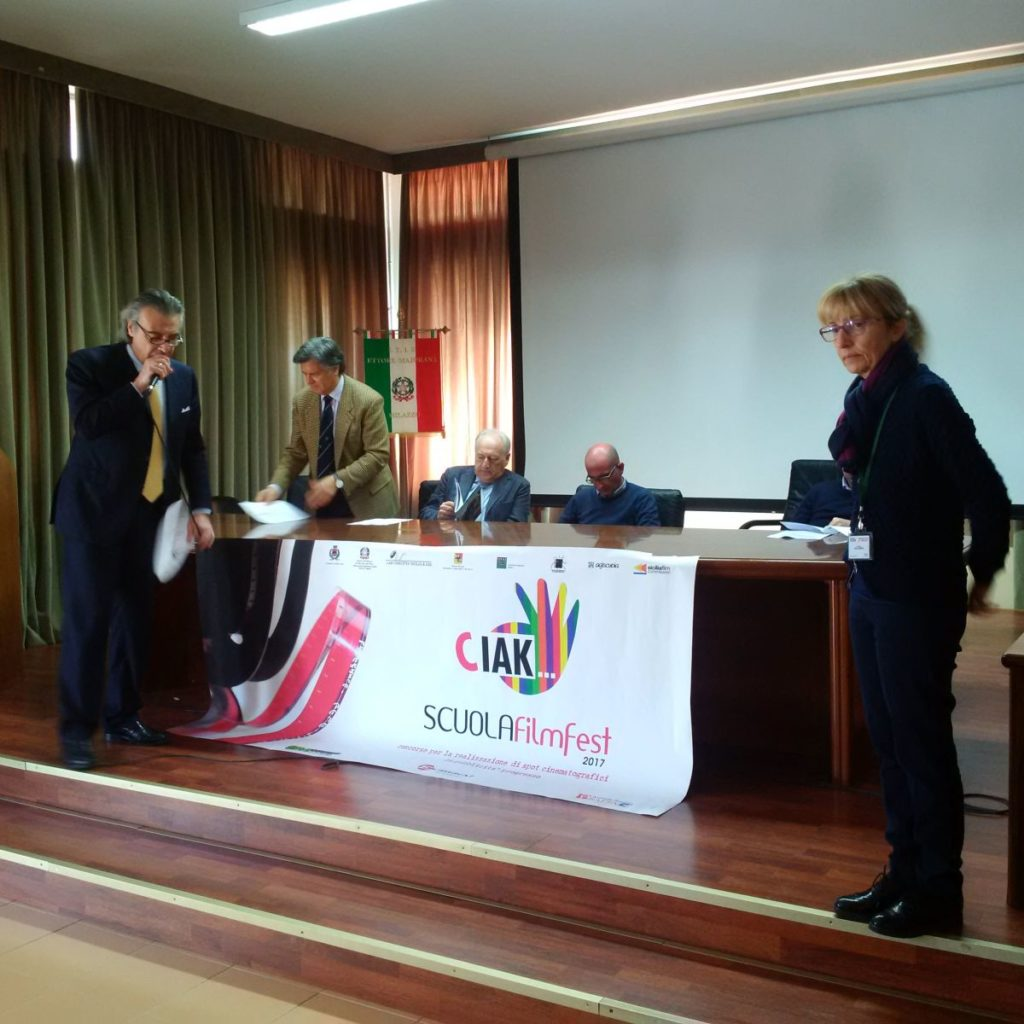 """Presentato al """"Majorana"""" di Milazzo il concorso """"Ciak scuola filmfest"""""""