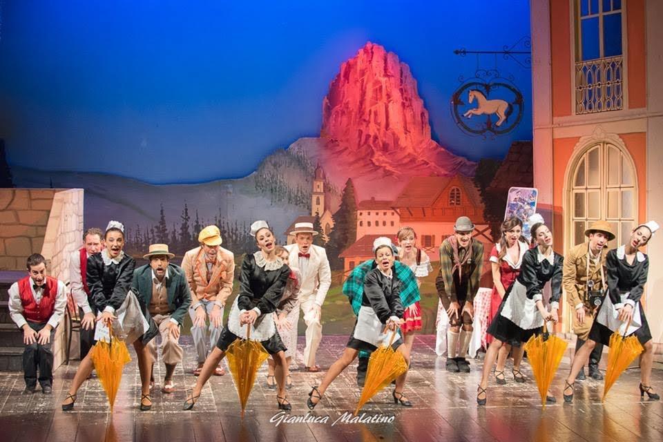 "Al Teatro del Mela domenica in scena ""Al Cavallino bianco"""
