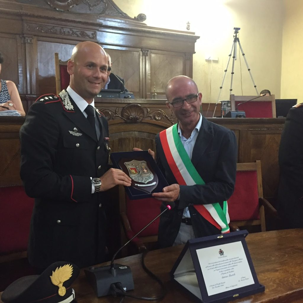 Amministrazione e Consiglio salutano il comandante dei Carabinieri che lascia Milazzo