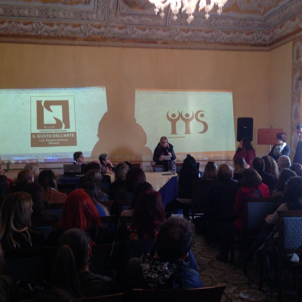 Studenti premiati a Palazzo D'Amico: presentato il nuovo logo dell'Istituto tecnico Renato Guttuso